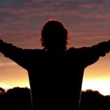 oracao-louvando-a-Deus-d